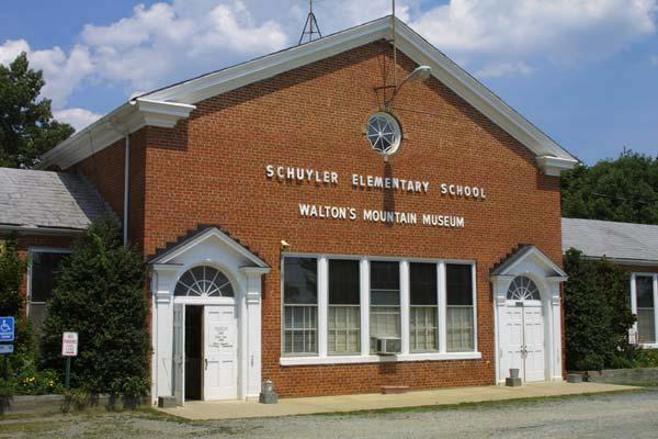 1-3550_Waltons_Mountain_Museum_600